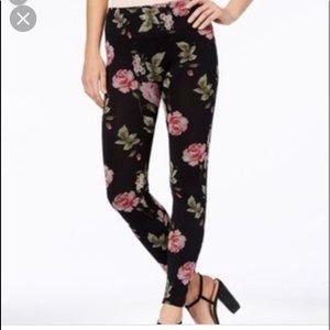 First Looks M/L seamless leggings/spandex pant NWT